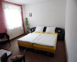 Zimmer-2-(2)